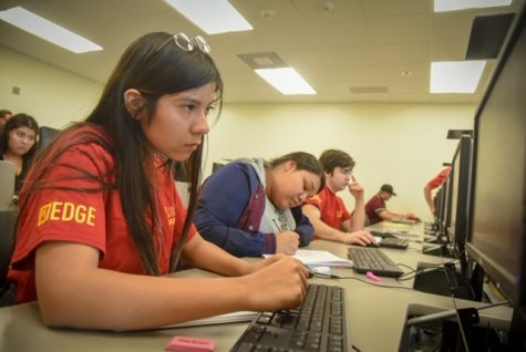 Photo courtesy of College of the Desert. plEDGE students taking part of the 2019 EDGE winter session at College of the Desert.